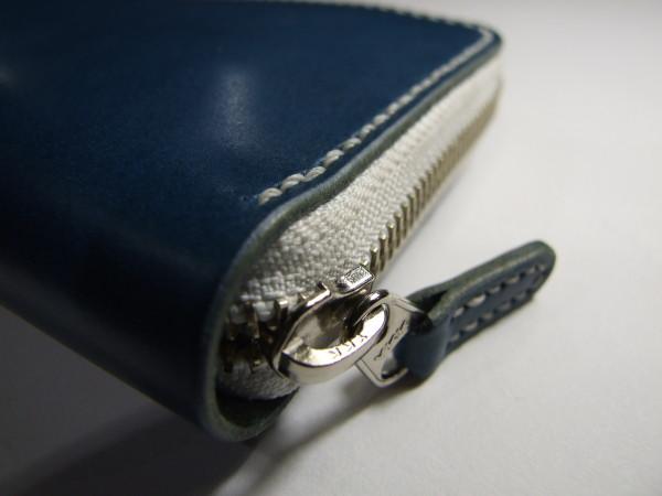 青に白ファスナーのファスナーロングウォレット-3