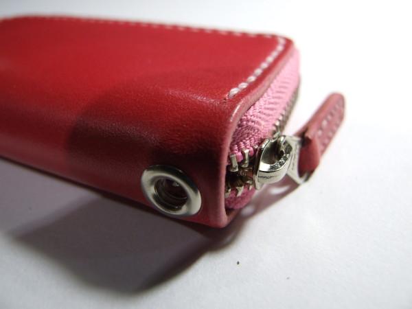 ピンクのファスナーコインケース-3