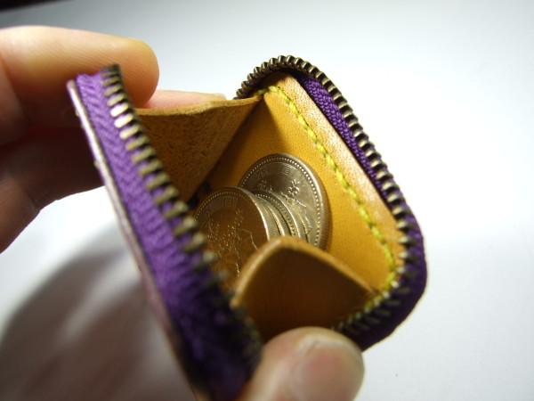 ミニファスナーコインケース 紫x黄色ステッチ-3