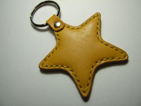 星のキーホルダー 黄色-1