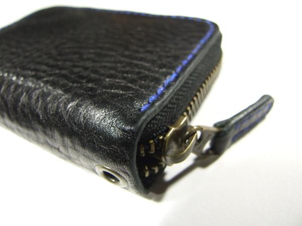 ファスナーカードケース 黒x青ステッチ-1