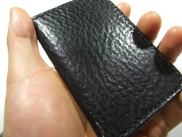 スタイリッシュなカードケース 黒