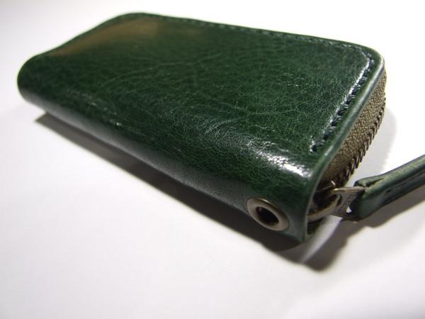 グリーンのファスナーキーケース-2